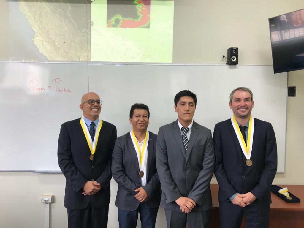 (Español) Sustentación de tesis de Gustavo Larrea